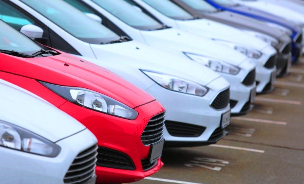 42% goes to the exchequer when buying a car, Analysts say